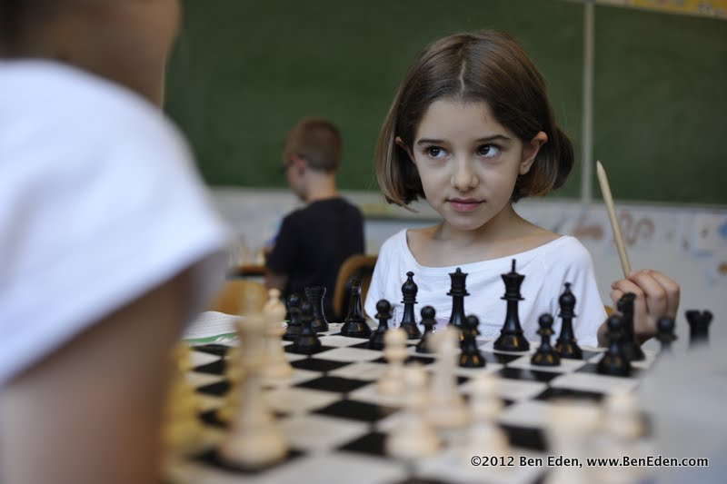 A student at the Ronald Lauder Budapest Jewish school plays chess in class